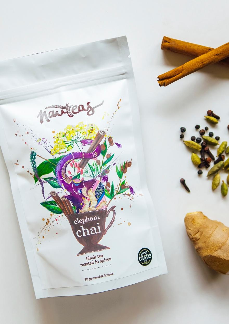 Nauteas tea pack shot - Yuliya Pankratova.jpg